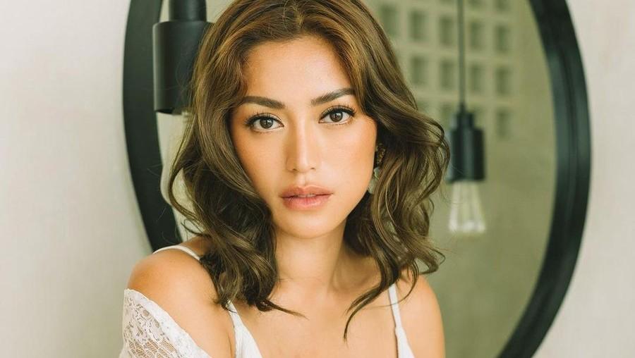 Posting Pose di Atas Ranjang, Jessica Iskandar Disinggung Soal Video Panas