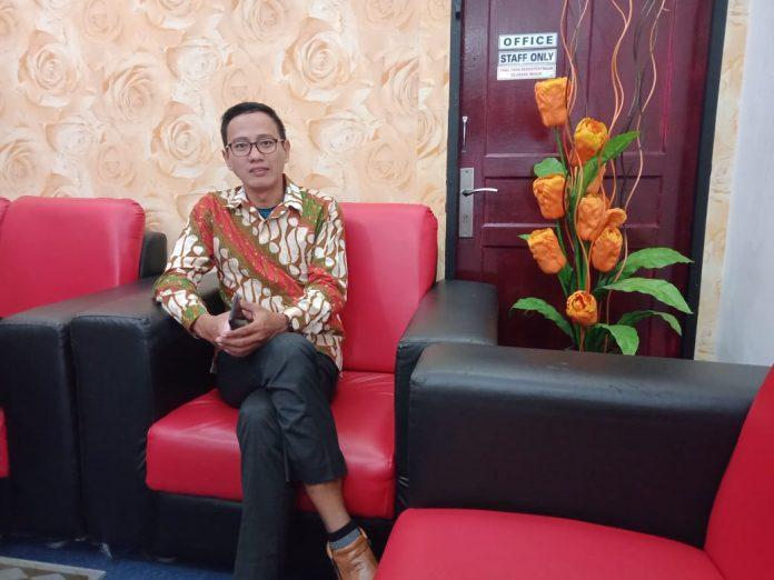 Prospek Pemulihan Ekonomi Suram, IHSG dan Rupiah Dibuka Turun