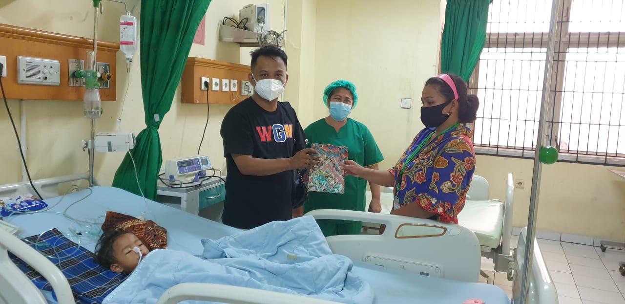 Tidak Punya Biaya, Kabaharkam Polri Bantu Pengobatan Balita Asal Tanjung Anom