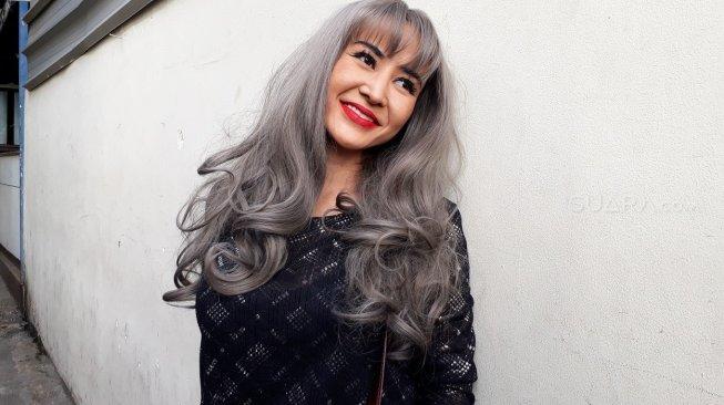Cynthiara Alona Ditetapkan sebagai Tersangka Kasus Prostitusi Online