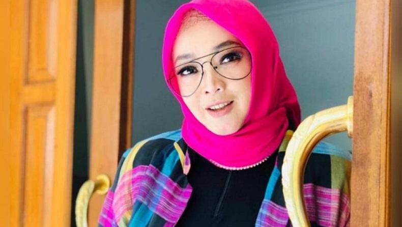 Kabar Duka: Presenter Rina Gunawan Meninggal Dunia